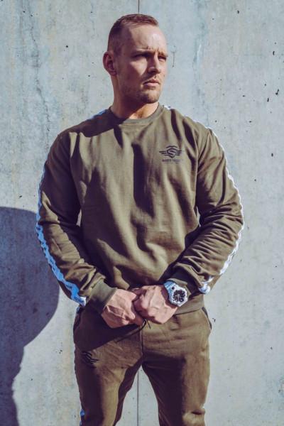 MASSIVE SOLDIER - LOGO STRIPE SWEATER