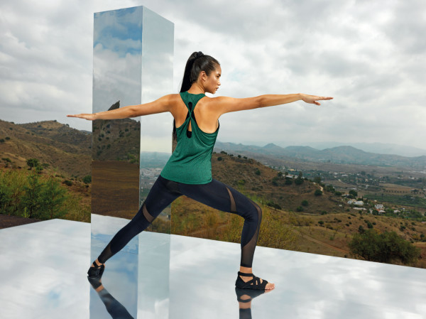 Women's TriDri® yoga knot vest