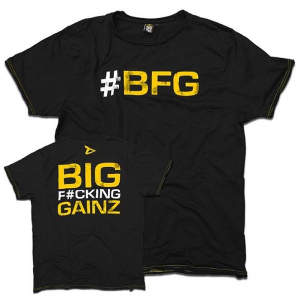 """Dedicated T-Shirt """"Big Fucking Gainz"""""""